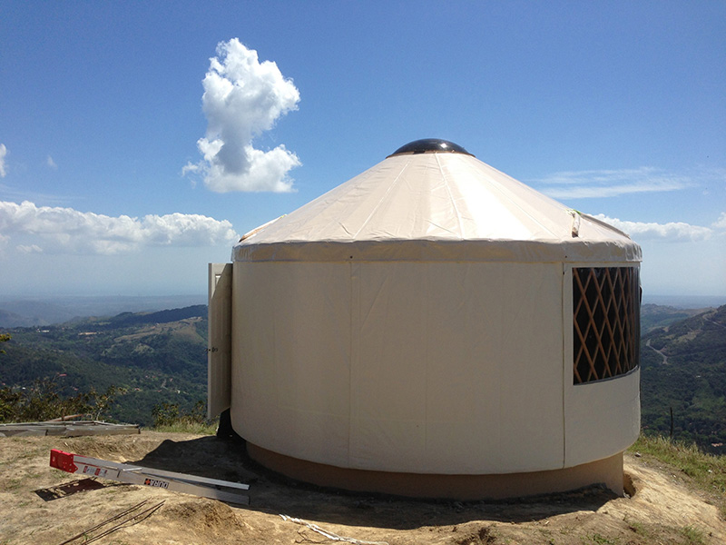 Rainier yurt on the edge of a cliff in Panama.